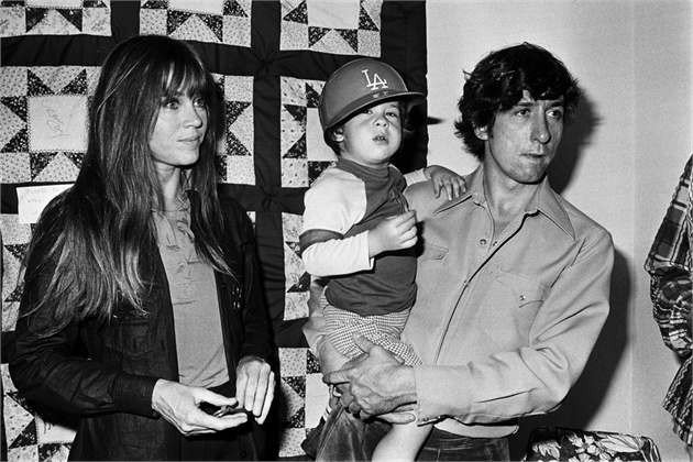 Jane Fonda in 1975 with son, Troy, and Husband, Tom Hayden